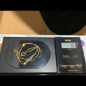 18K Yellow Gold Jewelry - Item for sale is a necklace with heart pendant.